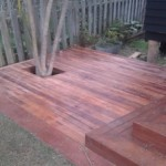 Kwila deck with cut-out for tree