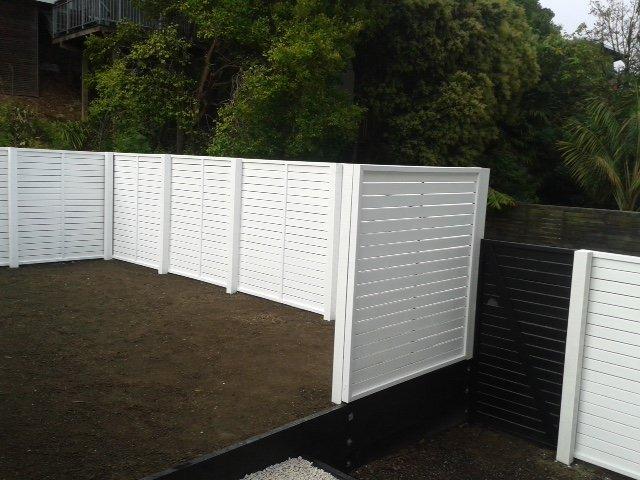 Oriental trellis fence 90mm painted