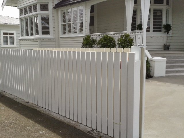 how to build a picket fence bunnings